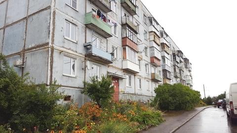 Продается 1-комнатная квартира, в п. Софрино, ул. Комсомольская, д.27 - Фото 1