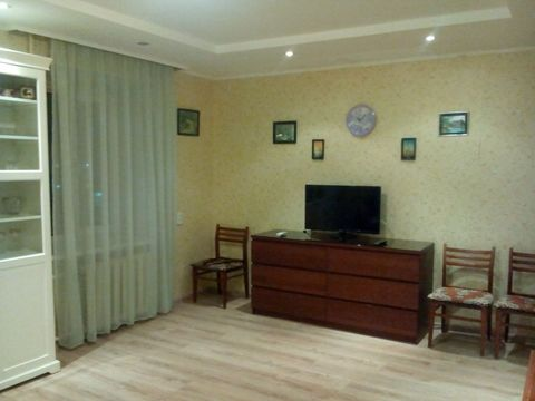 Сдам 1-комнатную квартиру на ТЦ Башкирия - Фото 2