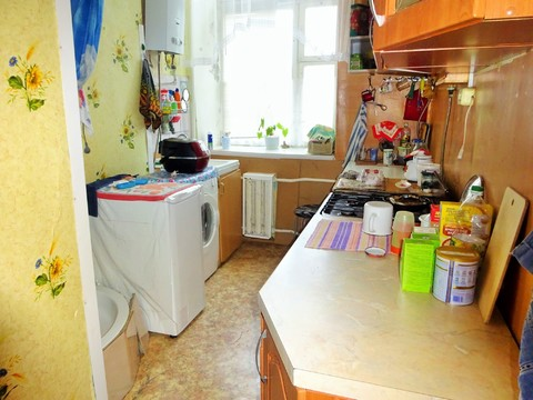 2 комнаты 32 кв. м. г. Серпухов ул. Красный текстильщик д. 28. - Фото 1