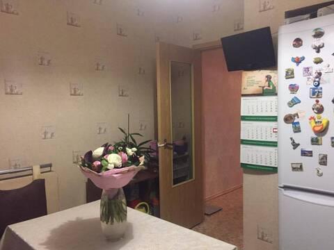 Сдается 3х комнатная квартира , м Братиславская, Верхние поля д.6 - Фото 2