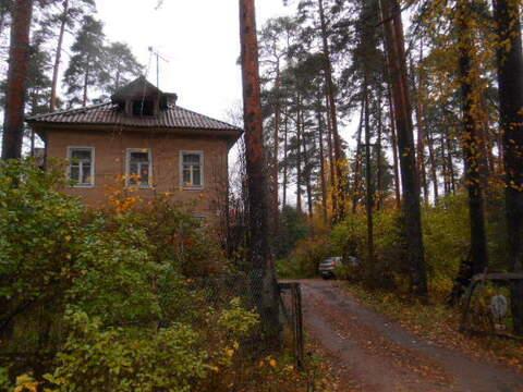 Продается 3-х комнатная квартира в г.п. Вырица Ленинградской области - Фото 1