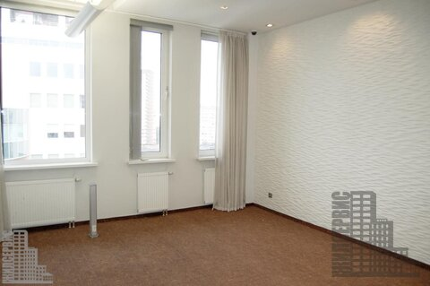 Офисный блок 150м в бизнес-центре класса А у метро, инфс 28 - Фото 1