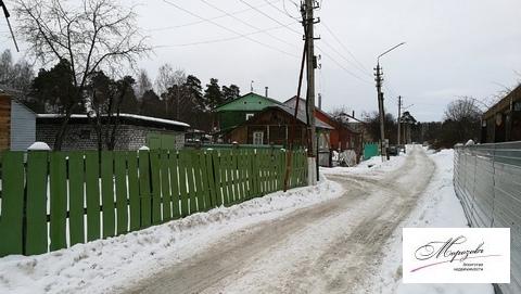 Часть дома с отдельным входом и своей территорией - Фото 1