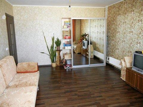 Продажа 2-комнатной квартиры, 60 м2, г Киров, Сурикова, д. 50 - Фото 1