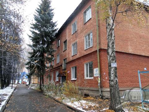 Продается комната с ок в 3-комнатной квартире, ул. Циолковского - Фото 1