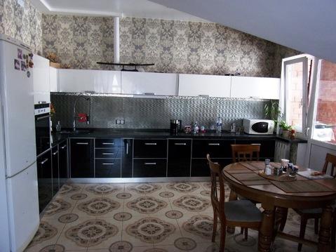 Продаётся интересная 4-комнатная квартира в новом доме около школы №23 - Фото 1