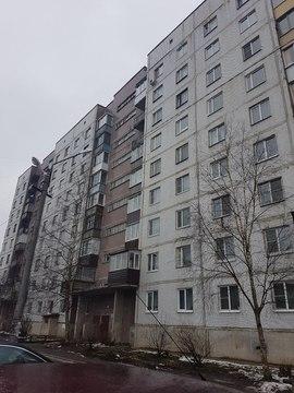 Продается 3 к.кв. г. Тосно, ул. Станиславского, д. 2 - Фото 1
