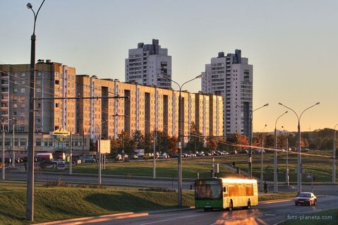 Сдам На сутки часы 1комн.Квартиру в Минске район Уручье ул Шугаева - Фото 1