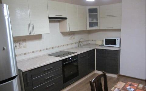 Продается 2-комнатная квартира на ул. Хрустальная - Фото 2