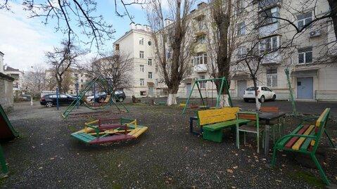 Купить крупногабаритную квартиру в самом сердце города Новороссийска. - Фото 1