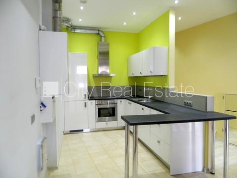 Продажа квартиры, Улица Краста - Фото 2