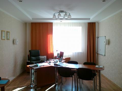 Шикарный офис на Ильинской площади. ул. Новоузенская.132 метра. Сдаю.
