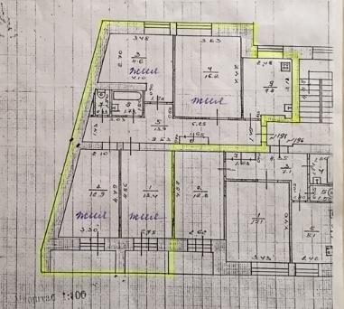 Продам 4-х комнатную квартиру ул. Политбойцов д. 2
