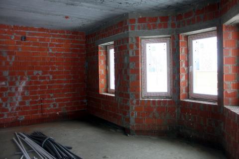 Кирпичный коттедж под отделку в Гайд Парк - поселке в Английском стиле - Фото 3