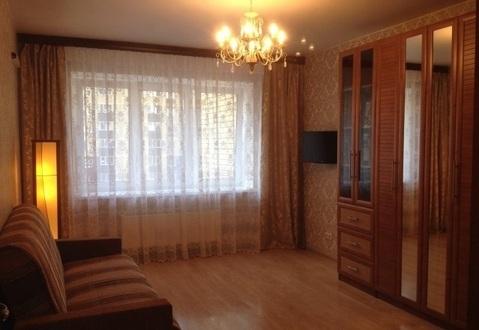 Двух комнатную квартиру - Фото 1