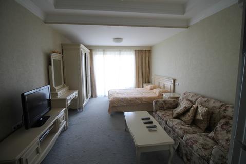 Продам 1 комнатные апартаменты в Алуште. - Фото 2