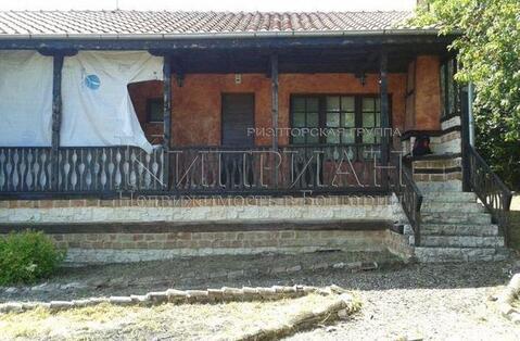 Дом в 20 км от Варны с видом на город и озеро - Фото 3