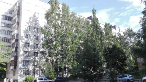 Продаю 4хкомнатную квартиру рядом с метро - Фото 1