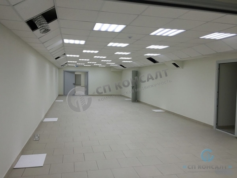 Аренда торгового помещения 435 кв.м. на ул. Туманова - Фото 3