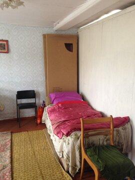 Продается крепкий дом с новым фундаментом и газом в центре поселка. - Фото 4