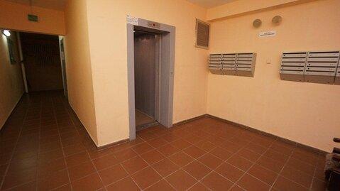 Купить квартиру в Новороссийске, трехкомнатная с ремонтом, монолит. - Фото 3