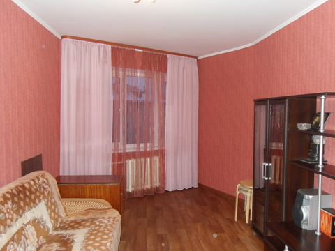 Продается 3-х комнатная квартира на 11 мкр. Чистая продажа! - Фото 1