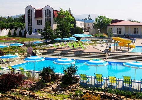 Пансионат на Берегу Черного Моря, 178 номеров, 52 000 кв.м, рестораны - Фото 1