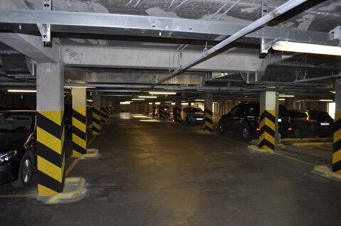 Продам 2 места в паркинге, Продажа гаражей в Санкт-Петербурге, ID объекта - 400038255 - Фото 1