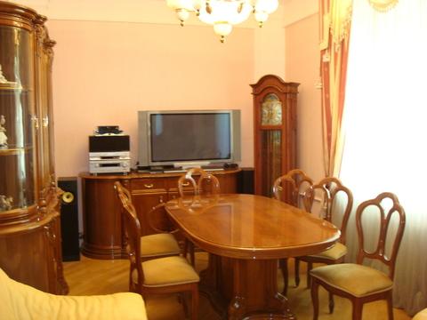 Продаётся 3-х комнатная квартира в сталинском доме на Кутузовском пр-т - Фото 1