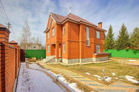 Кирпичный дом в уютном поселке на Рублевке по разумной цене - Фото 1