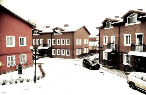 Троицк 3-х уровневая квартира со своим отдельным входом, малоэтажка - Фото 1