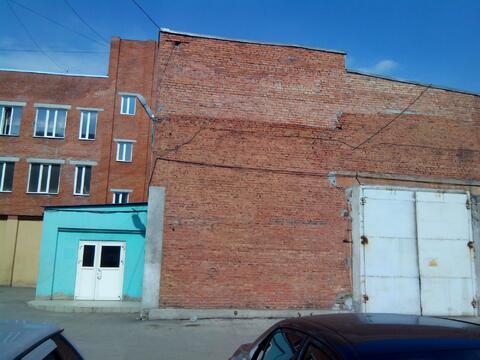 Здание, 1072,8 кв.м. - Фото 1