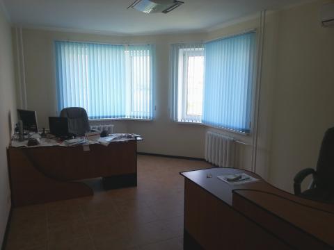 Сдается офисное помещение на первом этаже нового жилого дома. - Фото 2