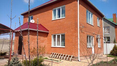 Добротный дом 200 кв.м. на 5 сотках на сжм, Продажа домов и коттеджей в Таганроге, ID объекта - 502621077 - Фото 1