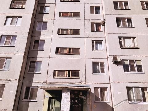 Продается 2-комнатная квартира, ул. Глазунова - Фото 2