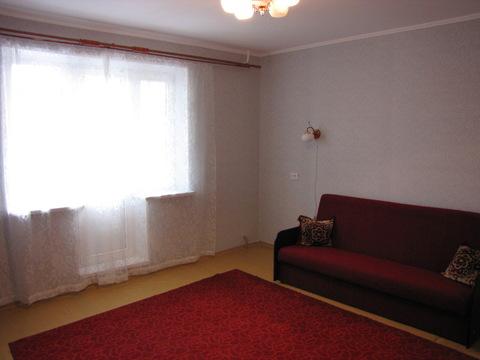 Сдам 1-к квартиру 41 м2 6/10 эт. ул Чичерина, 30а - Фото 1