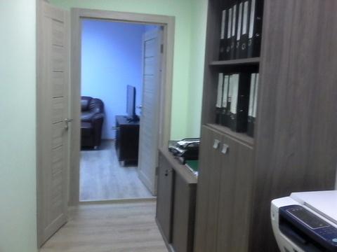 Офисное помещение с мебелью. Первый этаж, отдельный вход. - Фото 5