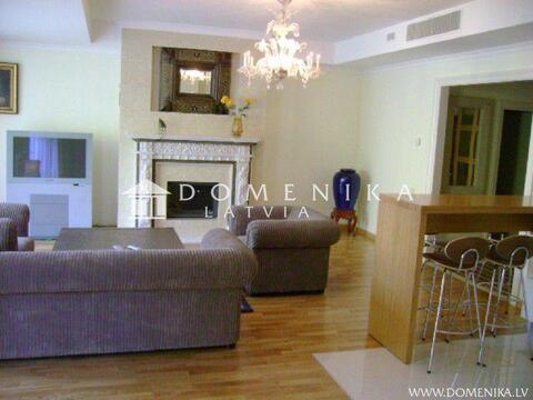 350 000 €, Продажа квартиры, Купить квартиру Юрмала, Латвия по недорогой цене, ID объекта - 313136773 - Фото 1