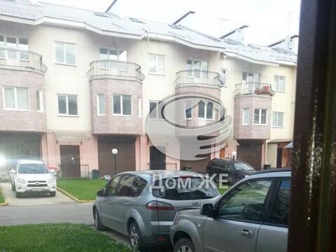Предлагается в аренду таунхаус, Варшавское шоссе, 7 км. от МКАД, . - Фото 1