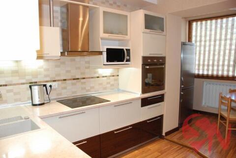 Продается трехкомнатная квартира в хорошим ремонтом в Партените. К - Фото 1