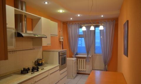 Продается 2-х комнатная квартира 15 лет Октября дом 13 г. Тверь - Фото 1