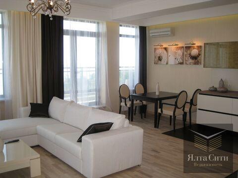 Продам видовую 3-комнатную квартиру с ремонтом в клубном доме, Алушта - Фото 1