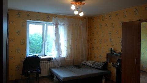 Сдам комнату 14м. в хор.сост в 3к.кв, цена + ку, для 1 человека. - Фото 2