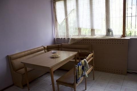 Продается трех комнатная квартира