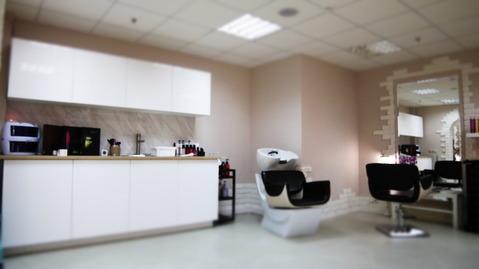 """Аренда парикмахерского зала,36 кв.м в БЦ """"Neo Geo"""""""