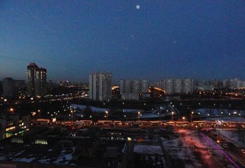 Продается Трехкомн. кв. г.Москва, Никулинская ул, 23/1 - Фото 1