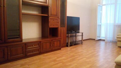 Сдается 2х комнатная квартира в центре города ул Набережная - Фото 2