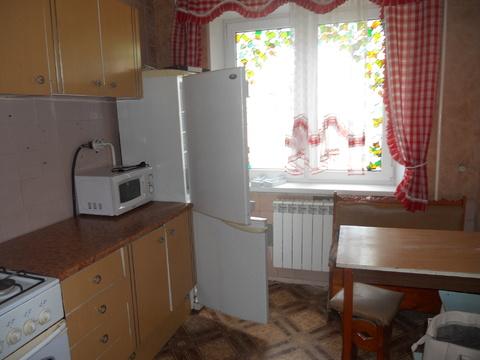 Сдам 4-комнатную квартиру по ул. Чапаева, 30 - Фото 1