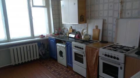Продается 1-комната в 6-комнатной квартире - Фото 3