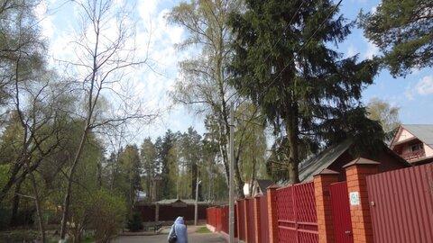 Продается участок 18 соток с 1/2 долей старого дома мкр Мамонтовка, . - Фото 1